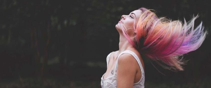 Alternativas suaves para dar color al cabello