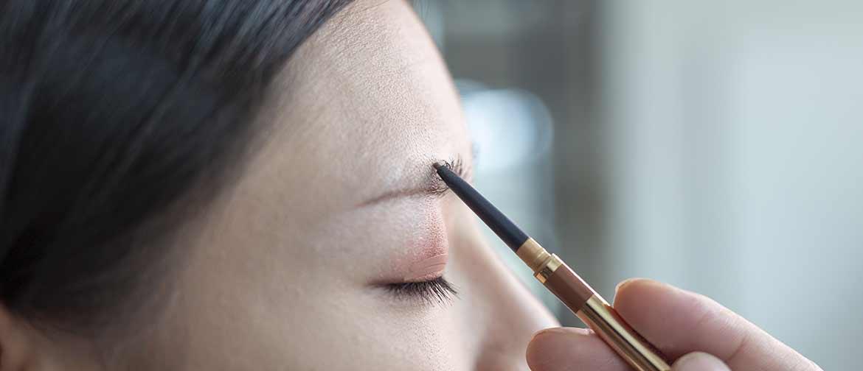 como maquillar cejas delgadas