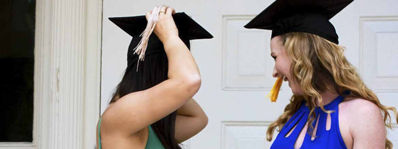 Maquillaje para graduación según el vestido